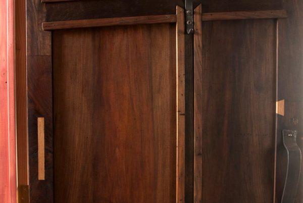 Porte, détail